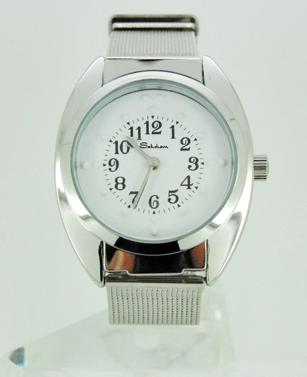 Larger picture of our Braille Wind-Up Watch