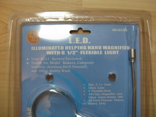 Different picture of our Lighted Helping Hands Magnifier