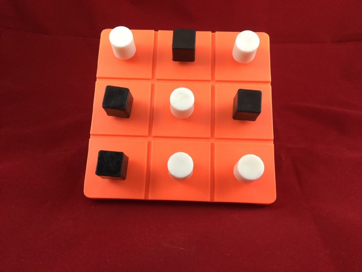 Larger picture of our Tic-Tac-Toe, Plastic